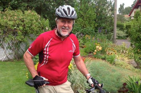 Odd Farnes Hansen sykler verden rundt.