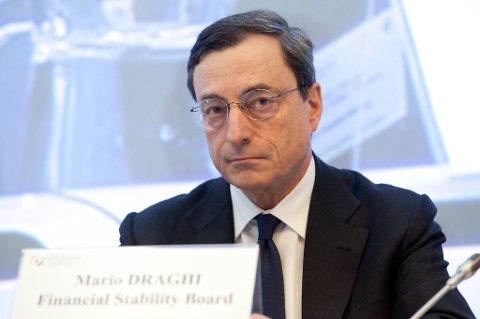 Det internasjonale pengefondet (IMF) er misfornøyd med at ESB-sjef Mario Draghis ikke varslet nye konkrete tiltak for å dempe frykten i finansmarkedene.