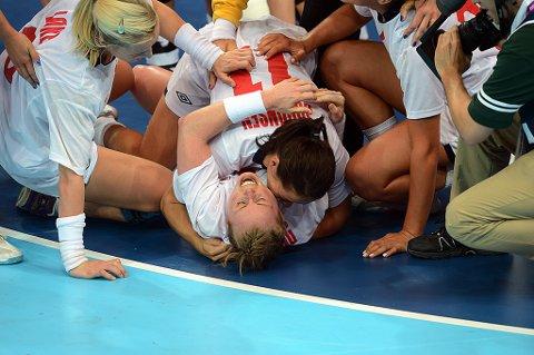 Det ble til slutt norsk jubel etter en thriller av en håndballkamp mot erkerivalen Danmark.