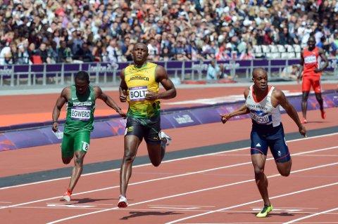Usain Bolt løp inn til 10,09, og kontrollerte feltet i mål.