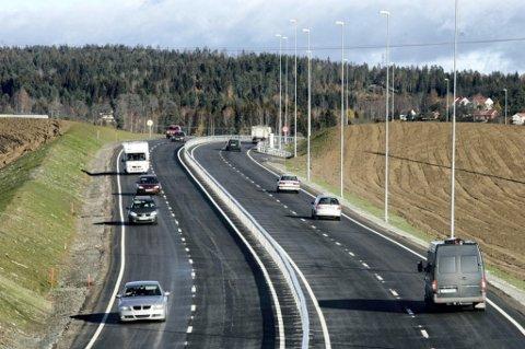 BLIR E16: Riksvei 2 mellom Kongsvinger og Kløfta endrer navn til E16 i september.
