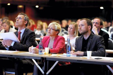 Alle småpartiene på Stortinget er over sperregrensen for første gang på et halvt år. Det ligger an til et spennende valg for regjeringspartnerne Jens Stoltenberg (Ap), Liv Signe Navarsete (Sp) og Audun Lysbakken.
