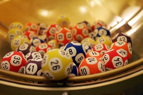 Førstepremien i lotteriet EuroMillions var på 190 millioner euro.