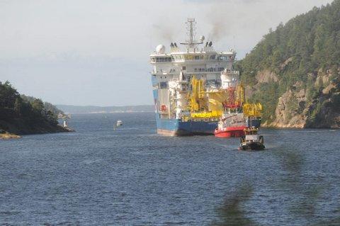 Her passerer North Sea Giant et kritisk punkt ved Kråkenebbet og over tersklene. Foto: Bjørn Ystrøm