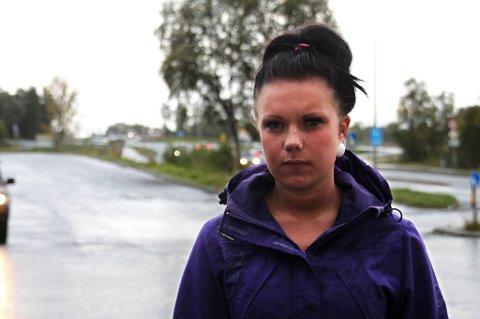 Mariell Celina Larsen Nordvik (18) fikk en ubehagelig opplevelse da hun tok taxi hjem natt til sndag. *** Local Caption *** Mariell Celina Larsen Nordvik (18) fikk en ubehagelig opplevelse da hun tok taxi hjem natt til søndag.