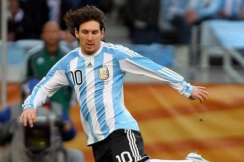 Lionel Messi og Argentina lekte seg mot Paraguay.