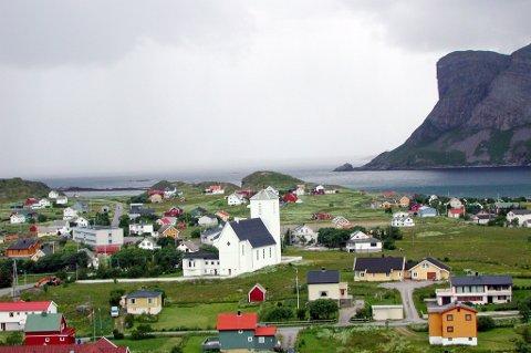 I et boligområde på Værøy ble det 1. september avfyrt to skudd.