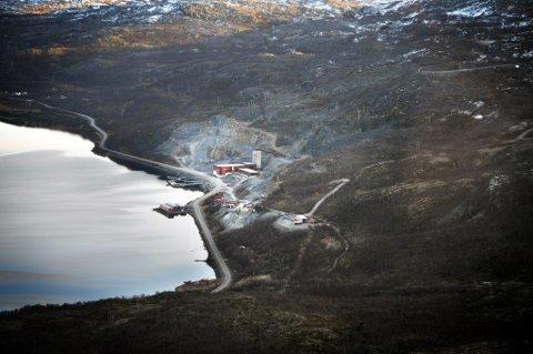 GRUVEDRIFT: Kobberressursene ved Repparfjorden er eksempel på at næringsinteresser kan komme i konflikt med urfolksinteresser hvis man ikke utnytter ressursene på en riktig måte. Foto: Finnmark Dagblad