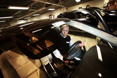 fae1ce42 «SYNDEREN»: Volvo-salgssjef Tor Gunnar Pettersen hos Bil i Nord i Tromsø. «