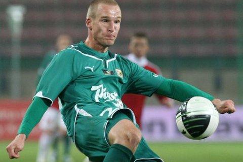 Polske Jaroslaw Fojut er i Tromsø og kan bli TIL-spiller i løpet av kort tid.