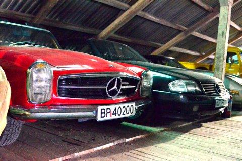 Tysk ingeniørkunst. Bilen til høyre er Mercedes siste håndproduserte modell.
