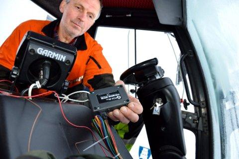 Moderne utstyr: Hans Lauritz Sogn kjører løypemaskin for Vindfjellsamarbeidet og kan følges på GPS. (Arkivfoto)