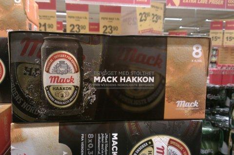 HAKKON: Slik gikk det med den første produksjonen av Haakon-øl fra bryggeriet i Balsfjord.