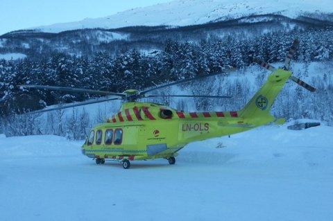 Helikopteret er på plass i Kåfjord.
