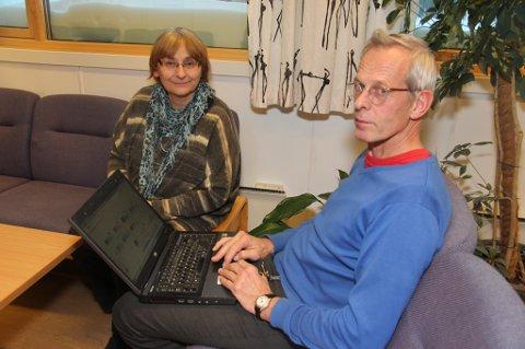 - KURS I SLEKTSGRANSKING: Catrine Vibe og Hans Isdahl i Nordreisa historielag har flere års erfaring i slektsgransking og de deler gjerne kunnskapen sin med andre.