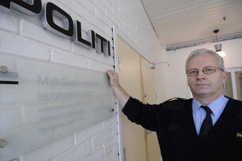 Lensmann Jan Erik Rundsveen mener situasjonen er bekymringsfull.  Han tror  ikke de elleve er de eneste som involverer seg i narkotika i Nord-Fron.