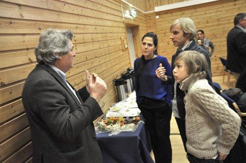 Vant diskusjonen: Dag E. Fredriksen var ikke redd for å debattere med varaordfører Bast. Også Høyres Lene Camilla Westgaard Halle og Bjørn E.P. Fredriksen var med i diskusjonen om begavede barn.
