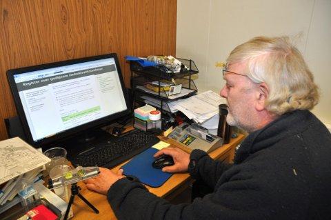 Bedring i sikte?: Tom Frode Olsen er glad for at Arbeidstilsynet for tiden er i gang med å lage en liste over godkjente renholdsbedrifter.