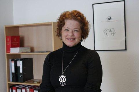 Mange klager: Regiondirektør ved Forbrukerrådet i Troms og Finnmark, Helene Falch, mottar mange henvendelser og klager angående håndverkertjenester. Foto: Irene Lockertsen