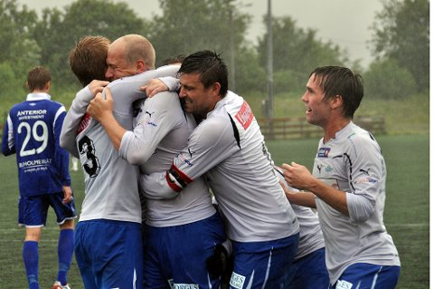 FK Lofoten har mistet flere spillere, men også fått nye ansikter inn i spillertroppen.        Foto: Kristian Rothli