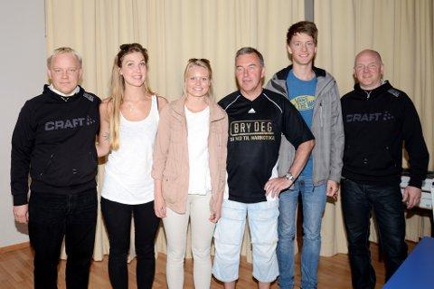 Fra venstre: Roland Nilsen (IMS), Birgitte Nordal, Tuva Røysland, Bjørn Kolmannskog (politiet), Jørund Naas og Baard Nilsen (IMS) under tirsdagens pengeutdeling til russen i forbindelse med kampanjen ?Bry Deg Russ Risør?.