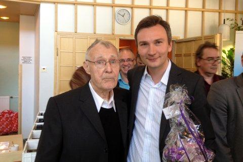 ENTREPRENØRPRIS: Yngve Bergheim - her med IKEA-grunnlegger Ingvar Kamprad (til venstre) vant Entreprenuer of the Year og Young Entreprenuer of the Year under Barents Reunion.