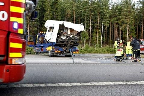 SMADRET: Slik så bobilen ut etter å ha blitt påkjørt av lastebilen.