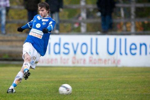 BOM: Jon Erik Økland bommet på straffe på overtid da Eidsvold Turn spilte 2-2 mot Skeid. FOTO: LISBETH ANDRESEN