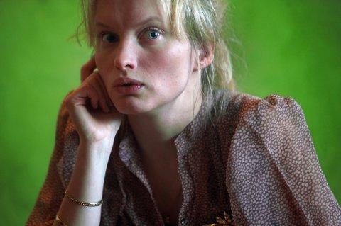 OSCAR-KANDIDAT: Julia Bache Wiig (29) kan havne i Hollywood som Tysklands Oscar-nominasjon. Her fra suksessforestillingen Knutby på Hålogaland Teater.