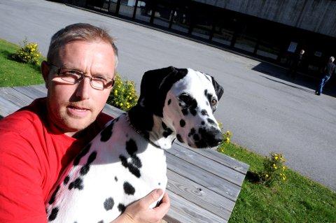 STEMTE: Kent Rudi, Dombås, på valg- og luftetur med Pernille