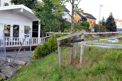 Tre personer er pågrepet etter at det tirsdag kveld ble avfyrt dynamitt i Hagelin-området i Kristiansund. Foto: Jan Øivind Jensen