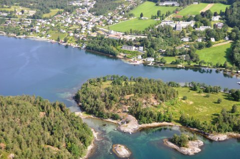 I tillegg til å vera beiteland for Valen og Handeland gard, er Valøya eit viktig rekreasjonsområde med kulturminne, stiar, raste- og badeplassar. (Arkivbilde).