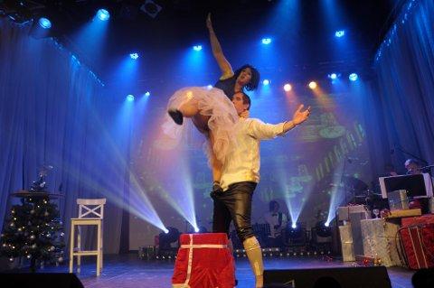 O jul med din glede: Ballettekteparet Piroetsky i aksjon i nøtteknekker padedeaux - Marie Risan og Eivind Lien