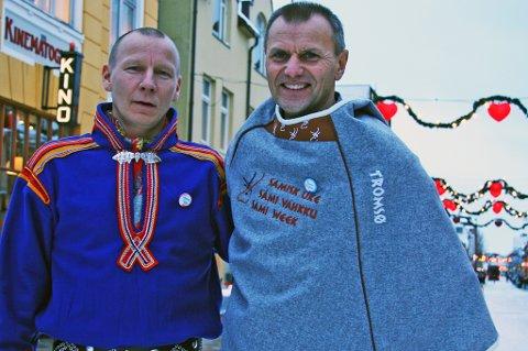 Niklas Labba og Nils I. Hætta mener alle klarer å lære seg litt samisk. Om man går inn for det.