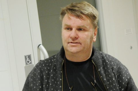Odd Arild Kongtorp mener Samarbeidsutvalget (SU) om aldersbestemt fotball mellom Aurskog-Hølands idrettslag bør nedlegges. - Vi bør finne en annen form på samarbeidet, mener SU-lederen.