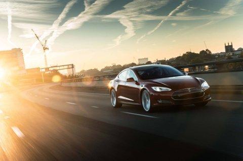 Tesla er i vinden. Bildet viser Model S.