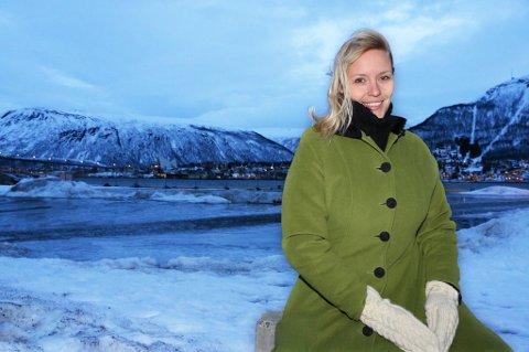 HJEMME TIL JUL: Hals har reist fra Los Angeles hjem til Nordkjosbotn for å feire nyttår etter å ha sunget i Disney-filmen Frozen i USA. Nordlys møtte hennes mens hun var innom Tromsø.