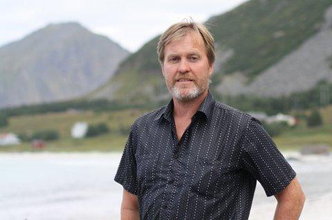 Nærings- og utviklingssjef Kurt Atle Hansen i Flakstad kommune forteller at gründerfondet er en ordning hvor det ønskes at ungdom skal starte en prosess for å etablere sin egen arbeidsplass.