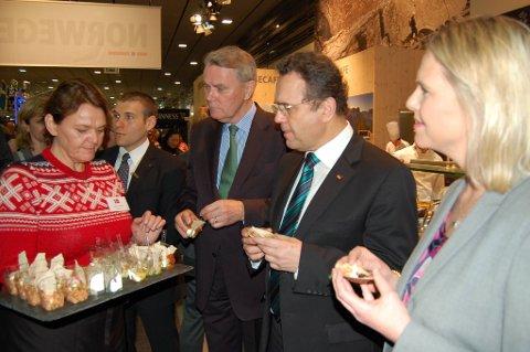 Den tyske landbruksministeren, Hans-Peter Friedrich møtte sin norske kollega Sylvi Listhaug og ambassadør i Tyskland, Sven Erik Svedman under Grüne Woche for en måned siden.