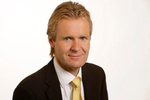 ERIK WOLD: Han er programleder for NRK-programmet «Debatten», og har mest sannsynlig aldri vært psykisk syk. Det er i hvert fall nesten umulig å se det på ham, sånn ved første øyekast. Foto: Ole Kaland, NRK