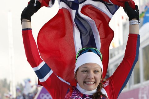 GULLJENTA: Maiken Caspersen Falla leverte sitt aller beste og vant en knusende seier foran lagvenninnen Ingvild Flugstad Østberg. FOTO: SCANPIX