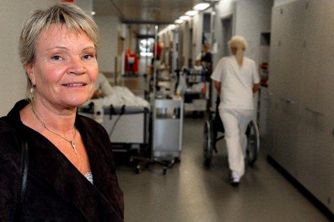 FORNØYD: Helse- og omsorgskomiteens leder Kari Kjønaas Kjos (Frp) fra Lørenskog. Foto: Kay Stenshjemmet