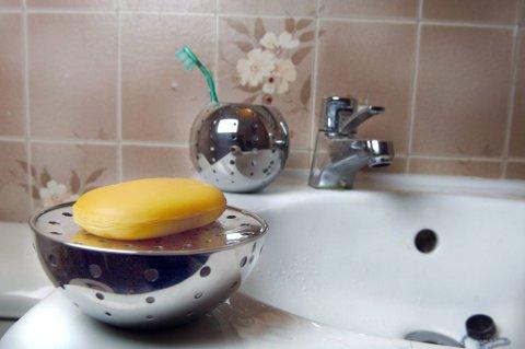 Bakteriebomben: Det gamle gode såpestykke er ikke så hygenisk som de fleste av oss tror.