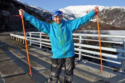 Harald Rishatt slipper jubelen løs: Alpinveien til Kongstind alpinsenter i Svolvær er endelig ferdigstilt.