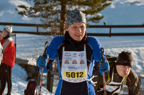 STILLER TIL START FOR 22.GANG: Ingunn Ytrehus fra Tromsø Skiklubb. Foto: Bjørn Johannessen
