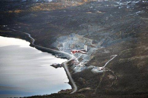 Jan Tore Sannerhar godkjent drift for kobbergruvene Nussir (bildet) og Ulveryggeni Kvalsund kommune i Finnmark.