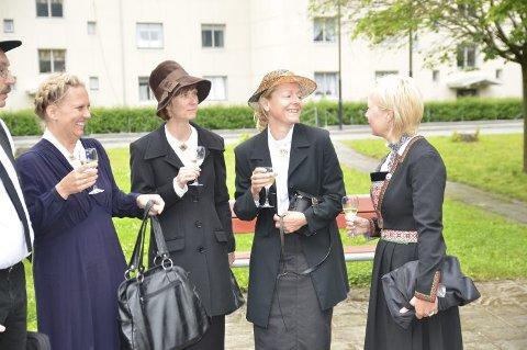 Elisabeth W. Hauge, Rita Haukaas, Elin Øyre og Anne Grete Lien Eikeland, som no har meldt seg inn i Høgre.