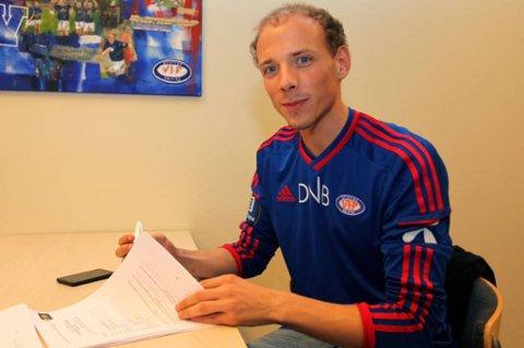 Signerte for VIF: Ruben Kristiansen. FOTO: vif-fotball.no.