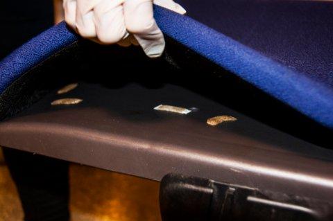 Snus er klistret under stoler, i vinduskarmer og i kopper på Bodø videregående skole.