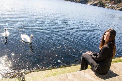 Går hun videre? Thea Bull er én av 170 jenter som kjemper om å representere Norge i Miss Universe-finalen til høsten.Foto: Lasse Nordheim